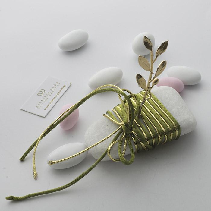 Φύλλο ελιάς μπομπονιέρα γάμου