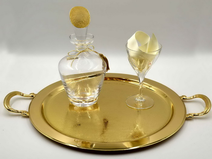 Σετ γάμου χρυσό δίσκο καράφα ποτήρι