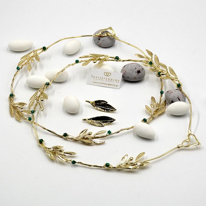 Χρυσές δημιουργίες σε στέφανα γάμου με φύλλα ελιάς