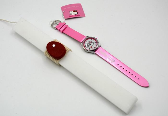 Λαμπάδα με ρολόι για κορίτσι δώρο για το Πάσχα