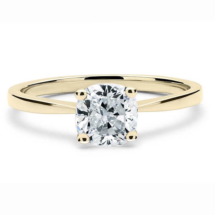 Χρυσό μονόπετρο για μια ξεχωριστή πρόταση γάμου