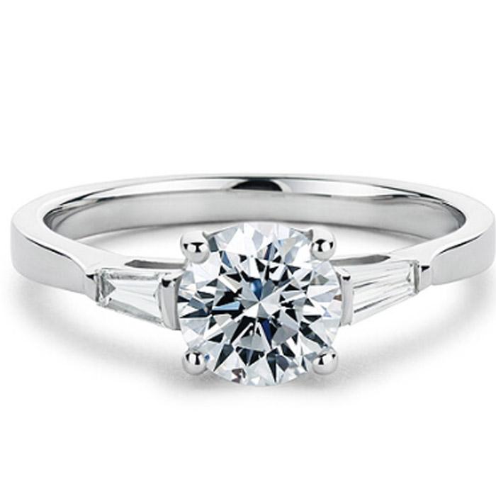 Μονόπετρα δαχτυλίδια με διαμάντια σε νέα σχέδια