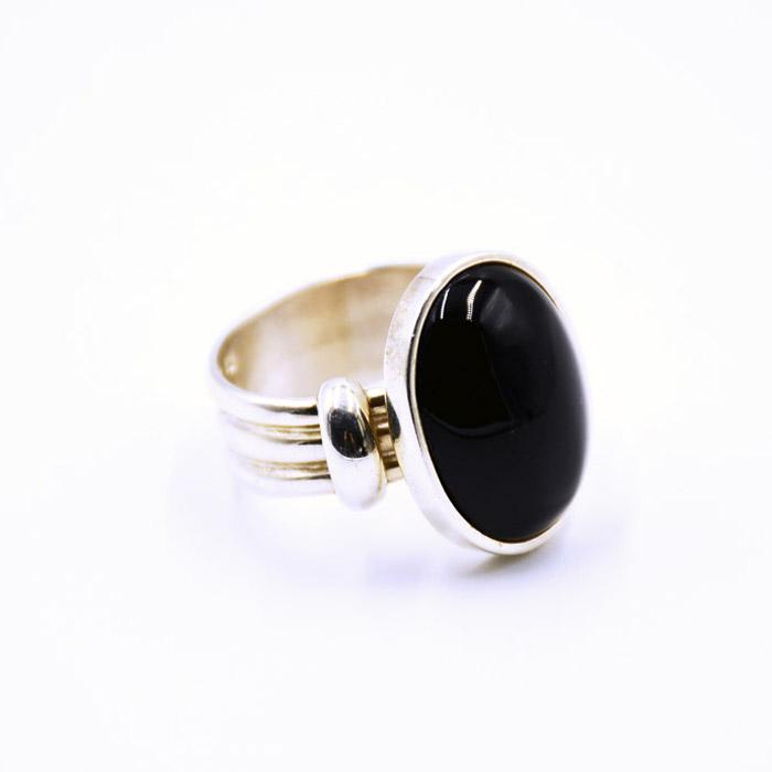 Χειροποίητο ανδρικό δαχτυλίδι με πέτρα όνυχα